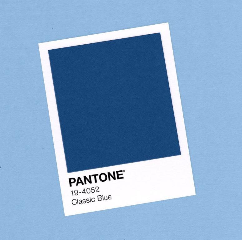 Couleur pantone utilisée pour l'édition 2020 du Colorama Street Art festival : Bleu classique