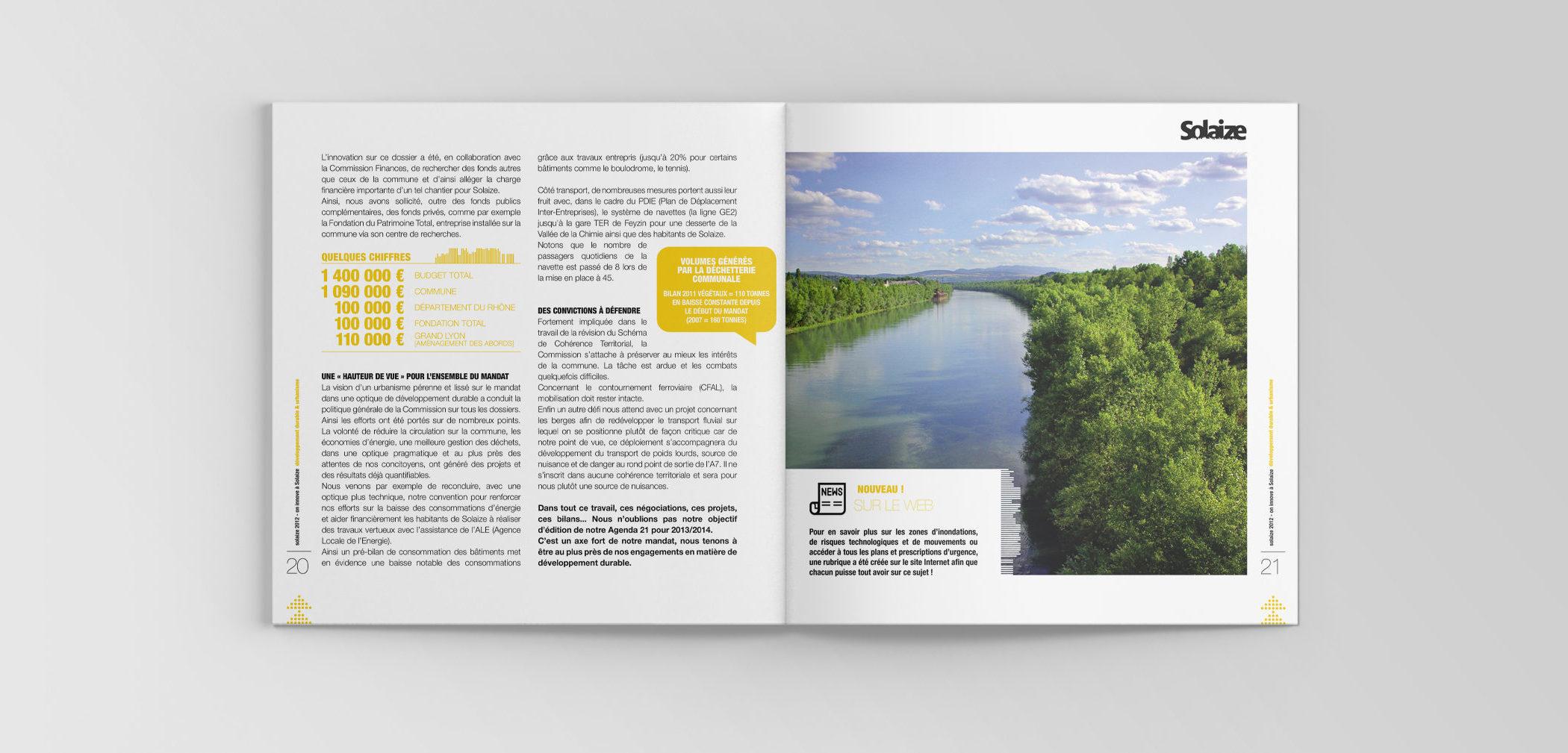Intérieur des pages de la brochure municipale de Solaize avec une infographie et une photographie des bords de l'eau