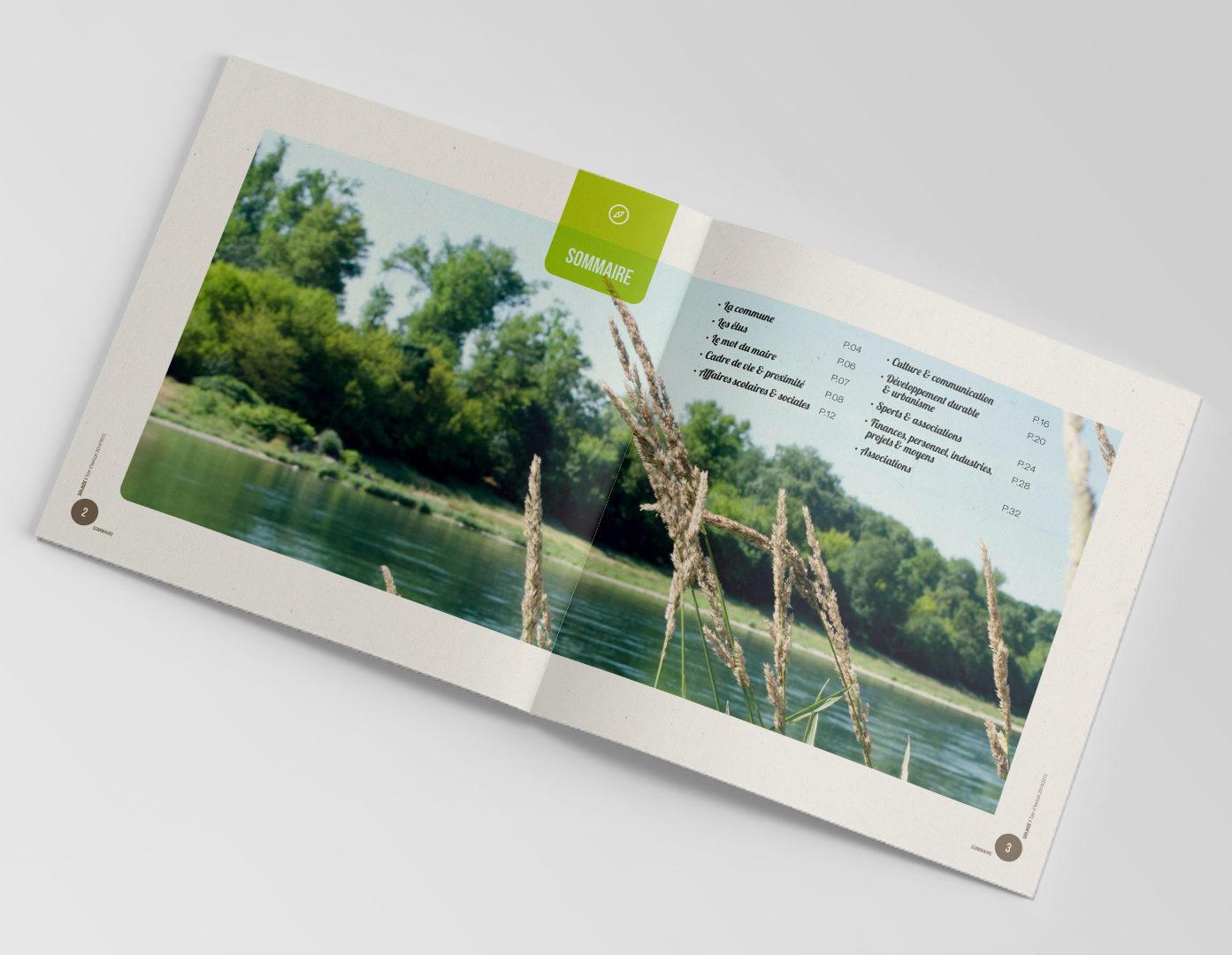 Intérieur de la brochure municipale de Solaize avec les brod de l'eau et des roseaux