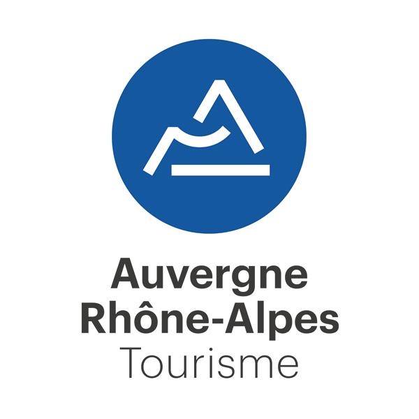 Logotype de la région Auvergne Rhône-Alpes Tourisme gris et bleu marine sur fond blanc