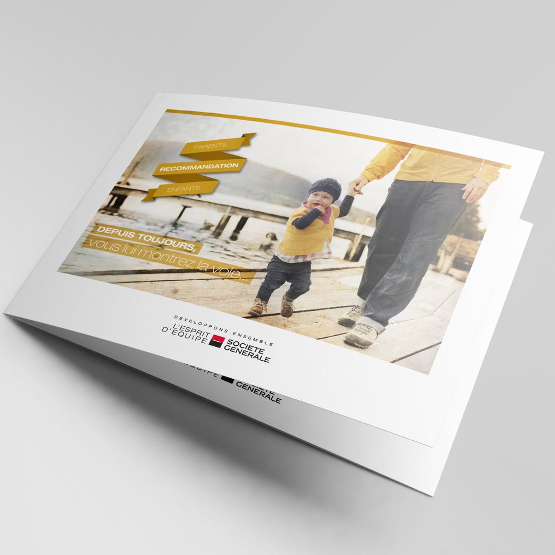 Brochure explicative de l'offre parents/enfants aux couleurs de la campagne de communication